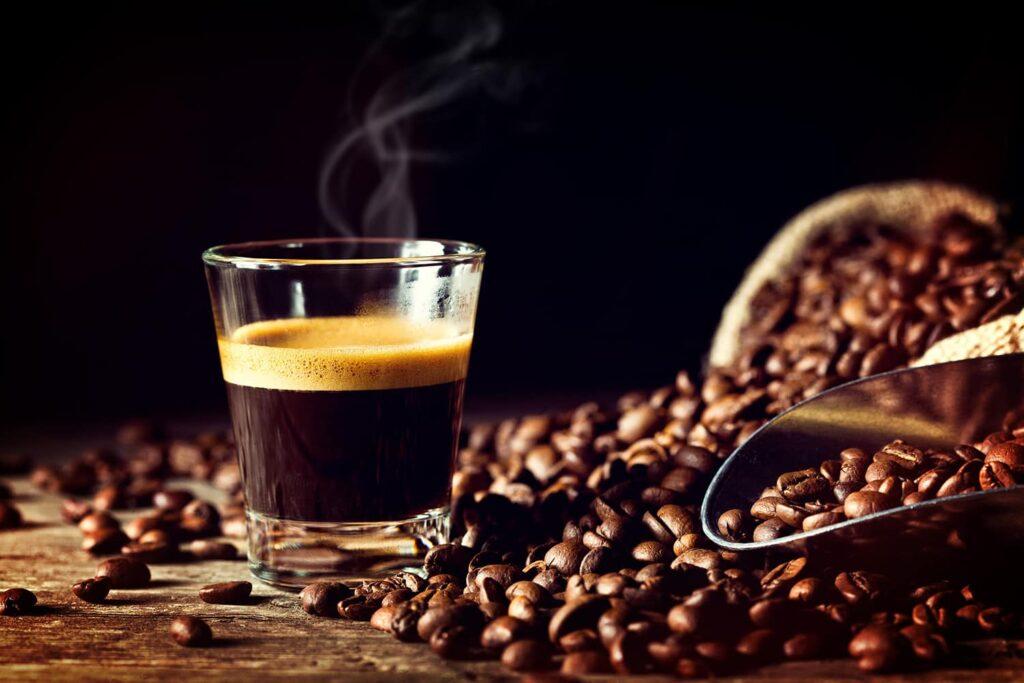 Kawa wmałej filiżance, czyli espresso