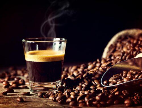 Kawa w małej filiżance, czyli espresso